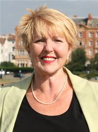 Profile image for Councillor Linda Symes